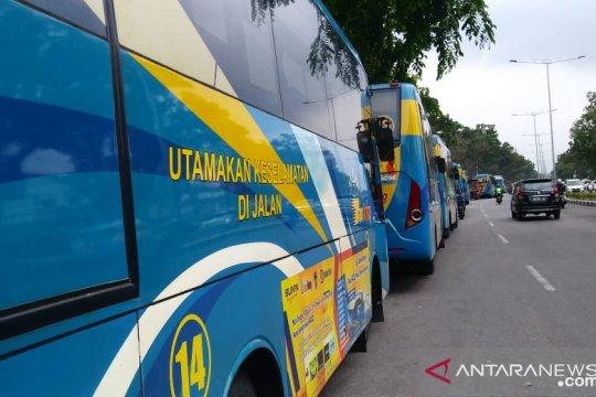Kelangkaan solar berdampak pada operasional Trans Padang, Dishub: Hanya operasikan 10-15 unit