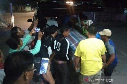 Dua jenazah pekerja migran NTT tiba di Kupang