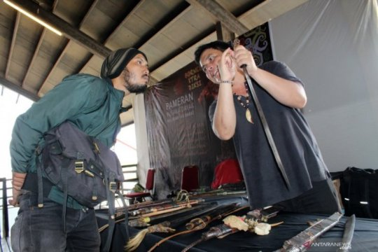 Folks Of Dayak pamerkan pusaka Dayak Kalimantan Page 2 Small