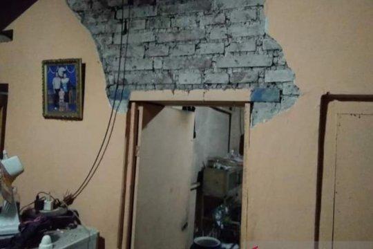 Korban gempa-puting beliung di Buleleng dikirim bantuan logistik