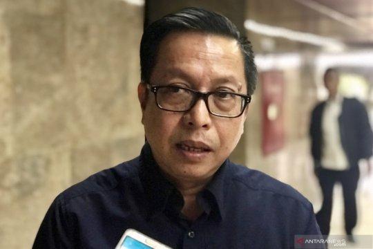 KLHK amankan 17 kontainer kayu merbau ilegal dari Pulau Seram