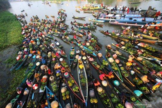 Festival Pesona Pasar Terapung
