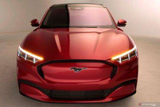 Futuristisnya mobil listrik Ford Mustang Mach-E
