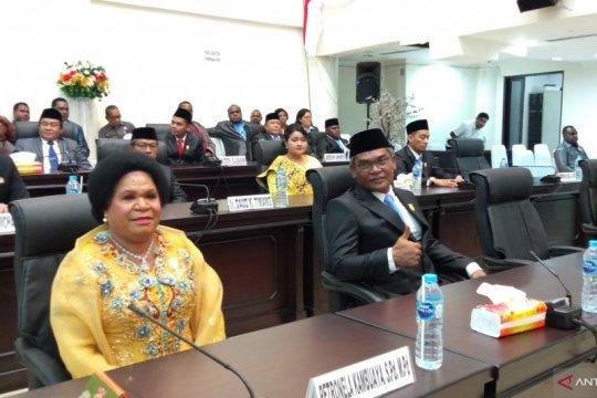 Ketua DPRD Kota Sorong-Papua Barat kembali dijabat perempuan