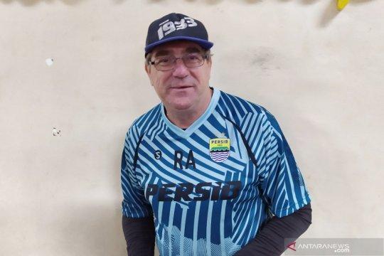 Robert Alberts pastikan pemain asing absen pada latihan perdana