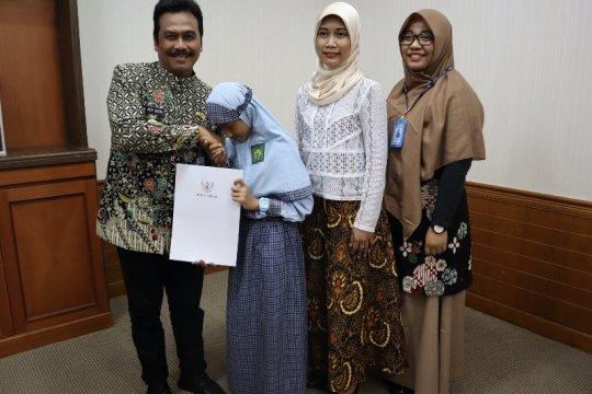Siswi SD Gresik jadi perwakilan Indonesia di kompetisi Internasional
