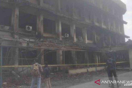 Kebakaran SMK Yadika Bekasi, satu siswa kritis