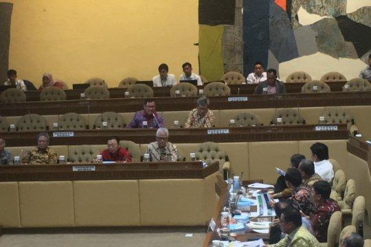 Komisi II DPR minta Kementerian ATR/BPN selesaikan reforma agraria