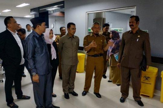 DPRD Banten sidak kerusakan RSUD Banten akibat angin dan hujan