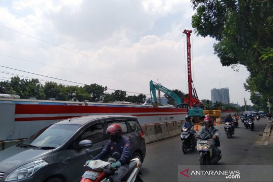 Warga keluhkan pembangunan jalan layang Tanjung Barat