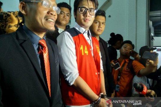 Kris Hatta dituntut 10 bulan pidana penjara