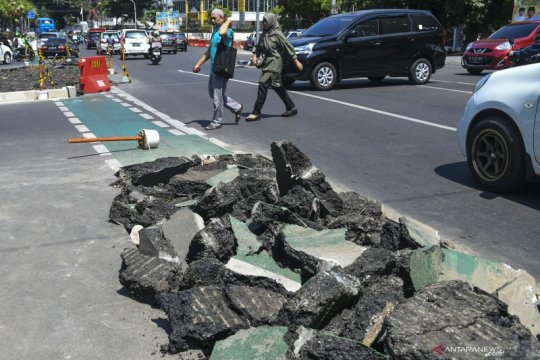 Ombudsman desak Pemprov DKI perketat pengawasan revitalisasi trotoar