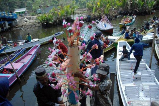 """Peringatan Maulid """"Jolloro"""" dukung kunjungan wisata Rammang-Rammang"""