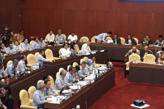 Menteri Edhy akui jumlah tenaga kerja perizinan kelautan belum memadai