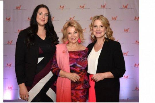Mary Kay mengadvokasi pemberdayaan, kewirausahaan dan kesetaraan wanita global pada konferensi wanita terkemuka di seantero dunia