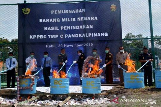 Bea Cukai Pangkalpinang musnahkan 1,017 juta batang rokok