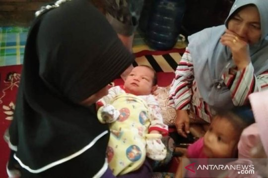 Ajaib, warga Agam melahirkan bayi perempuan tanpa tanda-tanda kehamilan