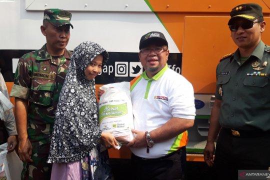 ACT bagikan 10 ton beras per hari selama Jelajah Humanity Rice Truck