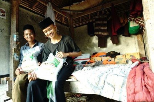 Pesantren terdampak gempa di Lombok Barat dapat bantuan beras ACT