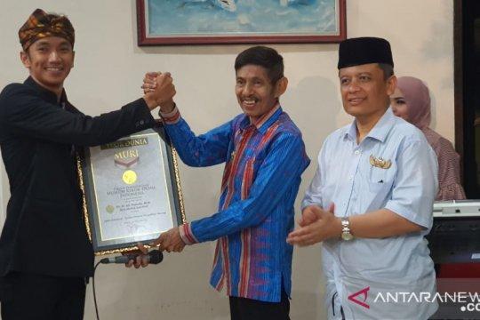 "Di Festival Keraton ASEAN Baubau, ""Peka Kande-Kandea"" sabet rekor MURI"