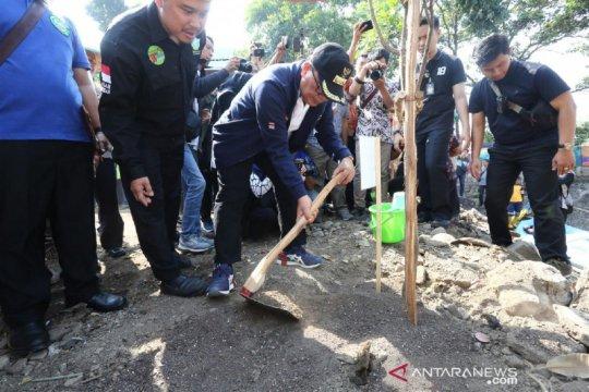 Kota Bandung tingkatkan kualitas ruang terbuka hijau