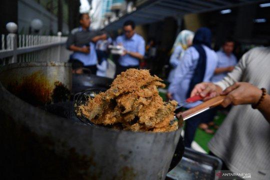 Legislator ajak masyarakat gemar makan ikan agar lebih cerdas