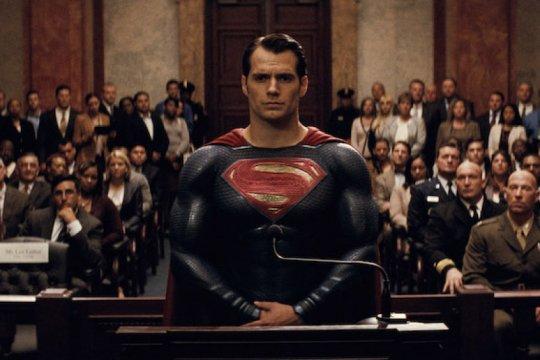 Henry Cavill ingin terus perankan karakter Superman