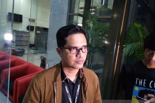 KPK kaji wajib lapor kekayaan terhadap tujuh staf khusus  Jokowi