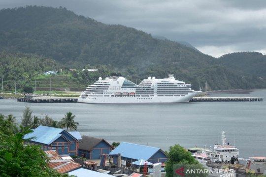 Kapal pesiar berbendera Bahama merapat ke Sabang, bawa turis berwisata