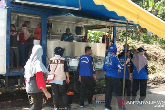 Dapur umum didirikan di lokasi banjir bandang Agam