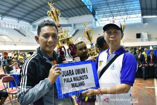 Forkab Malang pertahankan gelar juara karate Malang Open