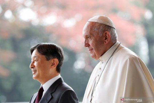 Paus Fransiskus bertemu Kaisar Jepang Naruhito