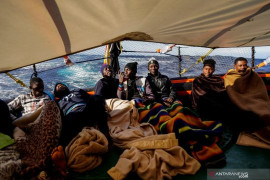 40 hari terjebak di Laut Mediterania, 25 pengungsi diterima Italia