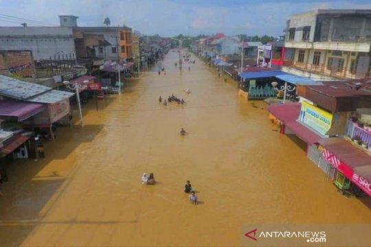 Banjir di Rokan Hulu, akses jalan utama terputus