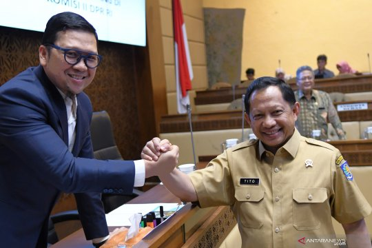 Komisi II nilai PKPU 18/2019 jalan tengah polemik mantan napi koruptor