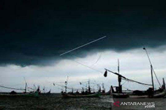 Masyarakat Jakarta diimbau waspadai peringatan dini cuaca