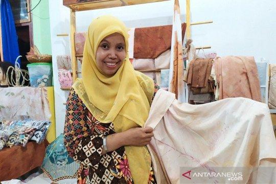 UMKM Lampung kembangkan batik eco print ramah lingkungan