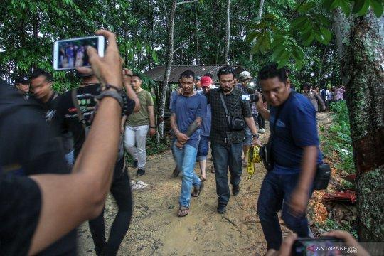 Gerebek rumah pembuatan narkoba di Riau