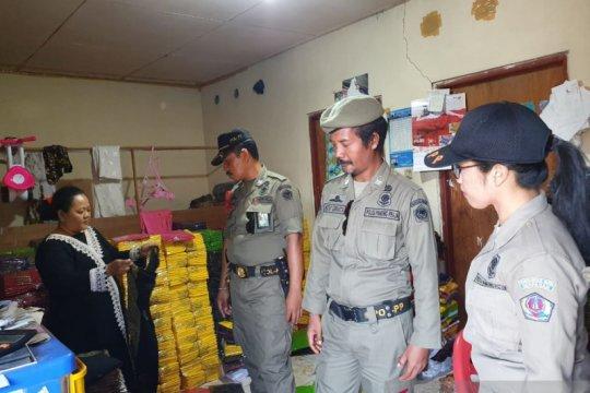 Satpol PP Denpasar tindak usaha sablon buang limbah ke sungai