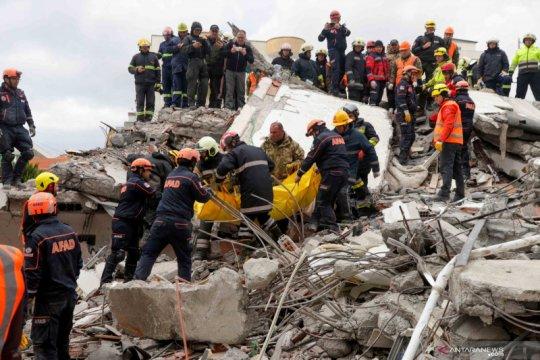 Albania upayakan penangkapan terkait korban tewas akibat gempa