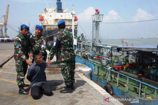 Komando Armada II TNI AL selalu siaga jaga perairan APBS