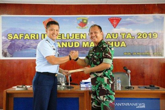 Prajurit TNI AU di Biak agar cerdas bermedia sosial