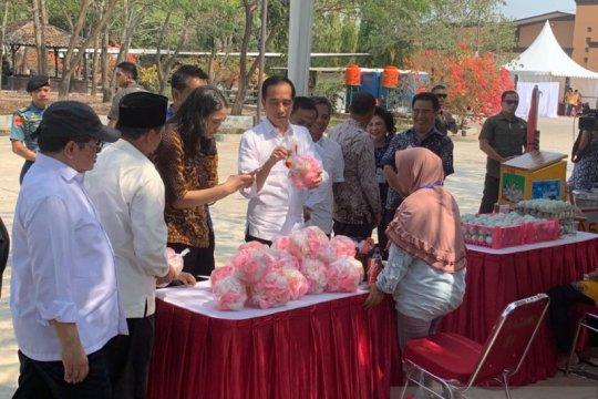 Presiden Jokowi ingatkan pelaku usaha mikro agar tak terjerat rentenir