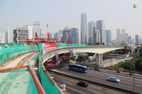LRT Jakarta mulai beroperasi, industri properti bersemi