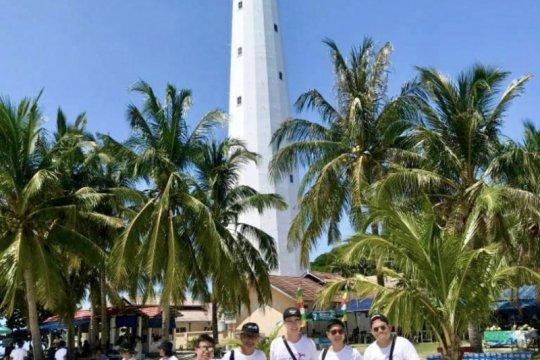 Travel blogger asal Singapura diajak wisata ke Belitung