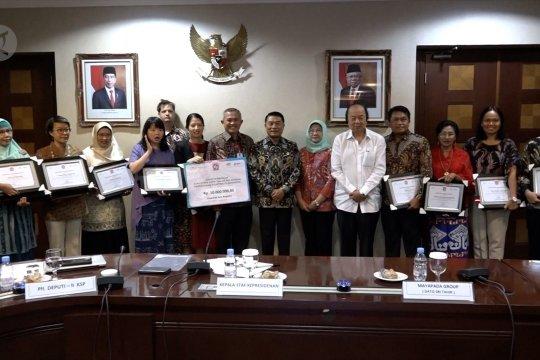 Pemerintah berikan penghargaan kepada 10 tokoh pencegahan stunting