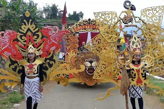 Kirab Regeng Maulid, menjaga budaya Jawa di Temanggung