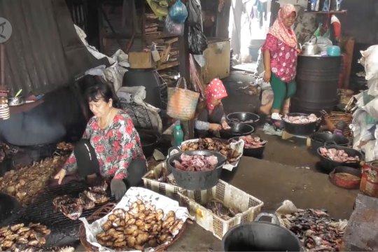 Melihat sentra pengolahan ikan asap di Semarang