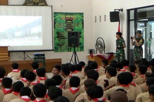 Taruna Akmil beri wawasan kebangsaan kepada siswa SMK