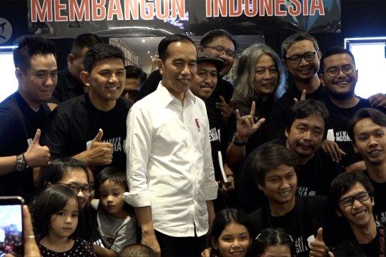 Presiden apresiasi karya foto jurnalistik pewarta foto Istana Kepresidenan